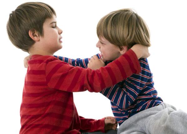 المشكلات السلوكية والنفسية التي تظهر بين تلاميذ الصف الاول الابتدائي