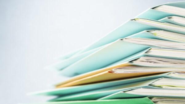 اكتب مذكرات تصف فيها احد ايام الدراسة التي لاتنساها