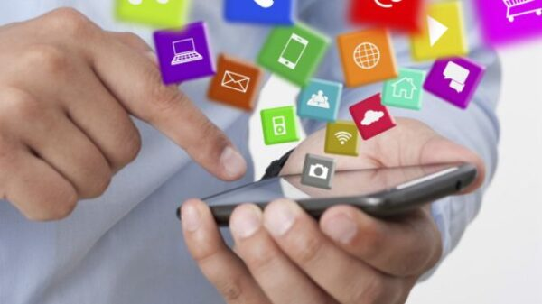 دليل تطبيقات الهواتف الذكية المستخدمة في التعليم