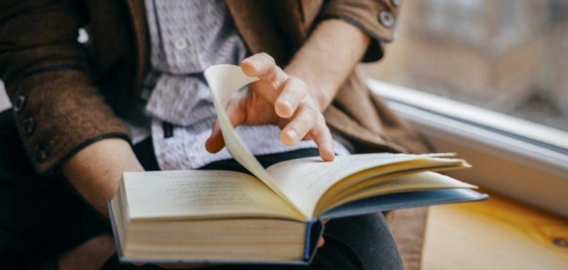 اقرأ النص الذي اخترته لمشروعك قراءه حرفيه مبينا معاني مفرداته