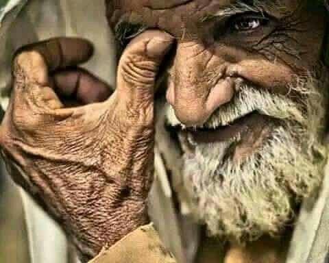 قصص اجتماعية تبرز اهمية احترام المسنين