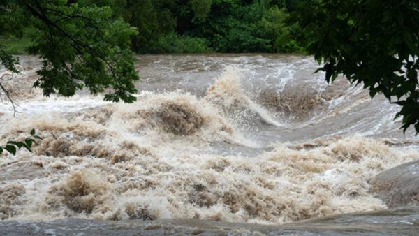 اذاعة مدرسية عن اخطار السيول
