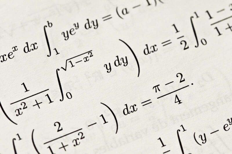 بنك اسئلة اختبار الرياضيات جميع الفترات الاول المتوسط الفصل الاول 1441 هـ - 2020 م