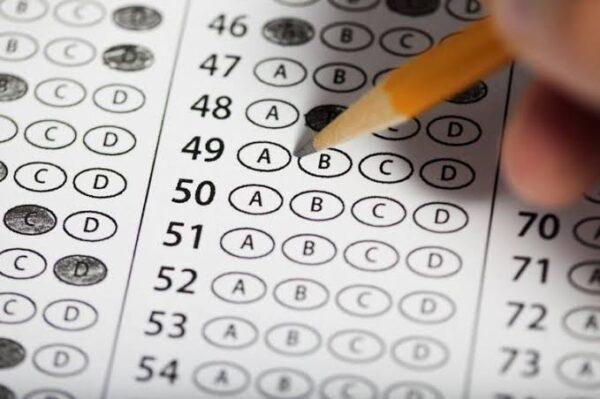 ورشة عمل بناء الاختبار الجيد حسب لائحة تقويم الطالب