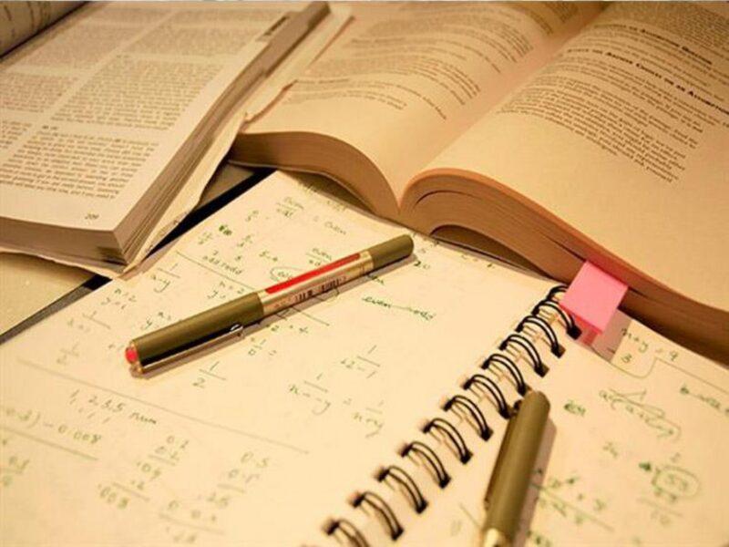 النماذج والادلة المساعدة في اعداد سجلات الاختبارات