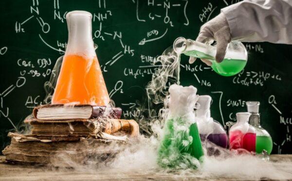 حل اسئلة درس التفاعلات والمعادلات لمادة كيمياء 1 مقررات