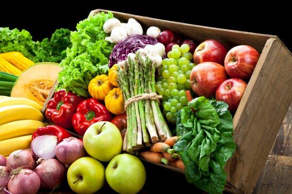 حل التربية الاسرية درس الفواكه والخضراوات من وحدة غذائي الاول الابتدائي الفصل الثاني 1441 هـ - 2020 م