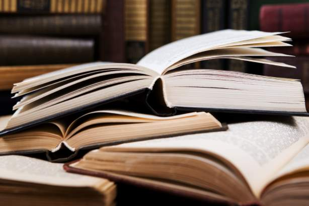 كتاب التاريخ نظام المقررات الفصل الاول المدارس العالمية 1442 هـ - 2021 م
