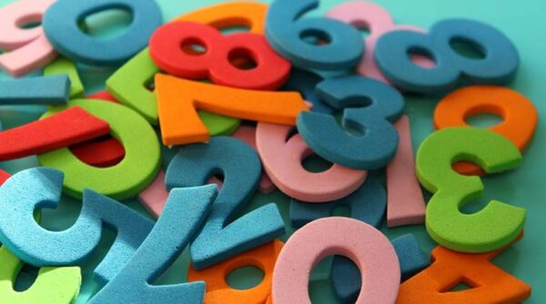 مقاطع قصيرة لتهيئة الطلاب لدراسة الرياضيات السادس الابتدائي 1442 هـ - 2021 م