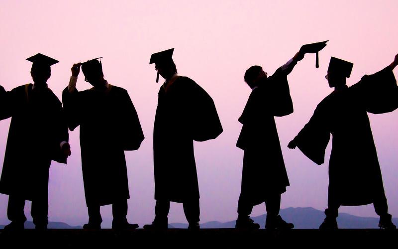 طرق التسجيل في الجامعات عن بعد
