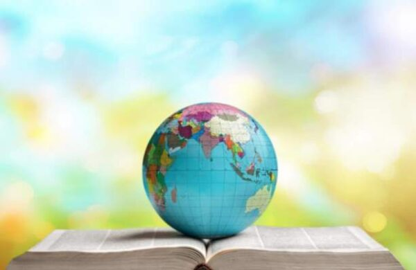 توزيع الدارسات الاجتماعية الصفوف العليا الابتدائية الفصل الثاني 1442 هـ - 2021 م
