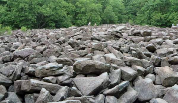شرح درس الصخور الصف الثاني الابتدائي الفصل الثاني 1442 هـ - 2021 م