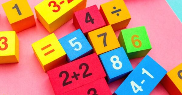 توزيع الرياضيات بالفصول الثلاثة الصف الثالث المتوسط عام و تحفيظ
