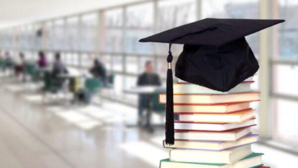 نموذج تشكيل لجنة التوجيه والارشاد وفق الدليل التنظيمي لمدارس التعليم العام 1443 هـ - 2022 م